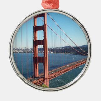 Golden Gate Bridge, San Francisco Round Metal Christmas Ornament