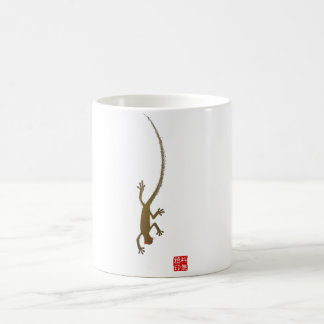 Golden Gecko Crawling Coffee Mug
