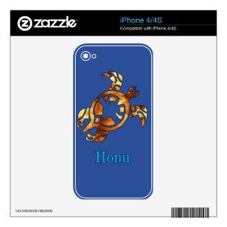 Golden Hawaiian Sea Turtle on Ocean Blue iPhone 4 Skins