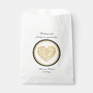 Golden heart design favor bag design