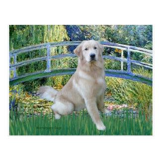 Golden Retriever 10 - Bridge Postcard