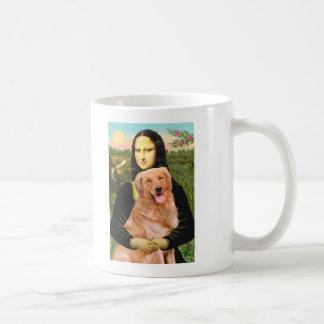 Golden Retriever 2 - Mona Lisa Coffee Mug