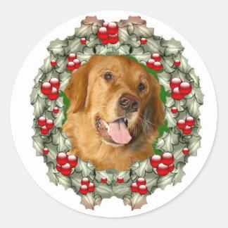 Golden Retriever Christmas wreath Classic Round Sticker