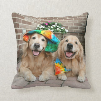 Golden Retriever Groovy Throw Pillow