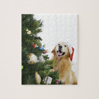 Golden retriever which watches Christmas tree Puzzle