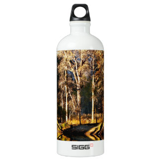 GOLDEN TREES WITH REFLECTIONS IN LATE FALL WATER BOTTLE