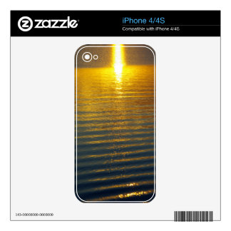Golden Wave Decals For The iPhone 4S