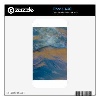 Golden Wave Skins For iPhone 4