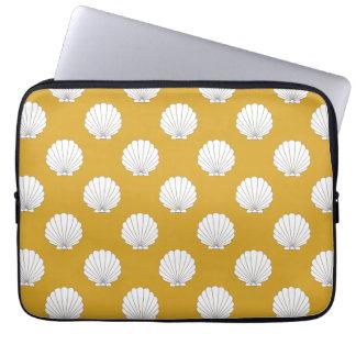 Golden Yellow Clamshells Seashells Pattern Computer Sleeves