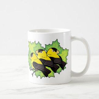 goldfinches taza clásica
