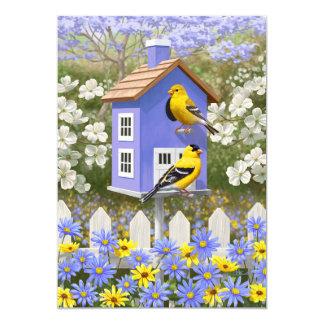 """Goldfinches y Birdhouse de la púrpura de la Invitación 5"""" X 7"""""""