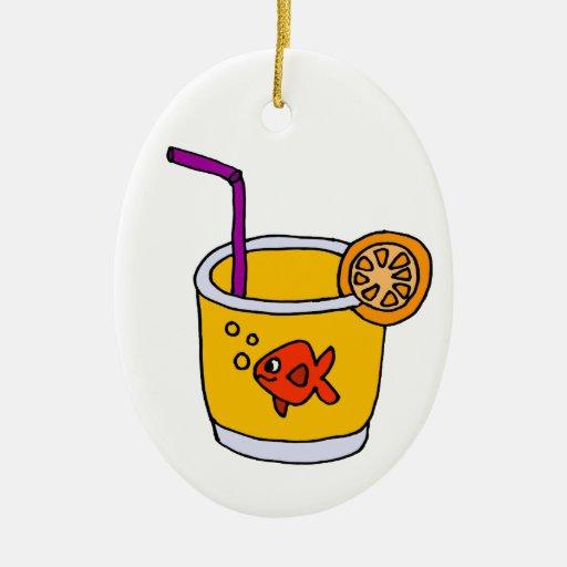 Goldfish divertido en vidrio del zumo de naranja adorno de reyes