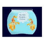 Goldfish dos en un tanque postal