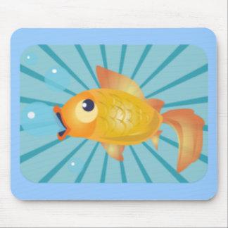 Goldfish en rayas azules tapetes de ratón