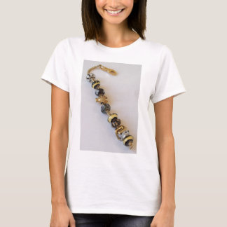 Goldish chain by MelinaWorld Jewellery T-Shirt