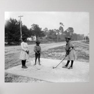Golf afroamericano c1905 de los niños de póster