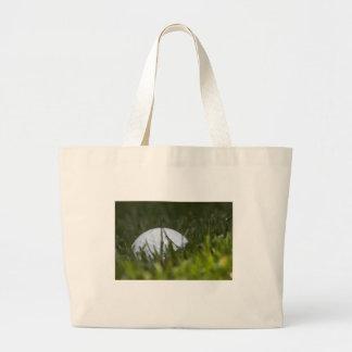 golf ball hiding large tote bag
