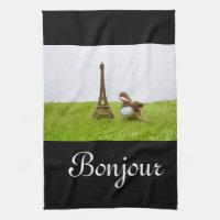 Golf ball with Eiffel Towel on green Bonjour