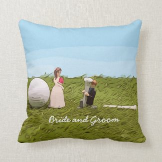 Golf bride and groom with golf ball tee Wedding Throw Pillow