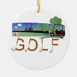 Golf con las camisetas y los regalos de los carros adornos