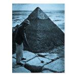 Golf en el azul del vintage de la pirámide entonad postal