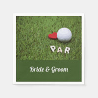 Golf Par with love on green grass bride & Groom Napkins