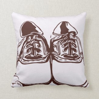 Golf shoe sketch throw pillow