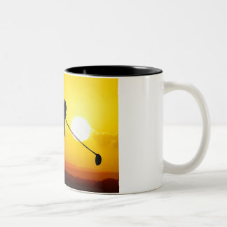 golfer sunset coffee mug
