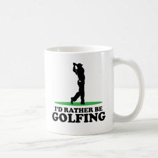 Golfing bastante taza de café