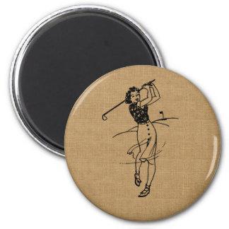Golfista del chica del vintage en la falsa imán redondo 5 cm