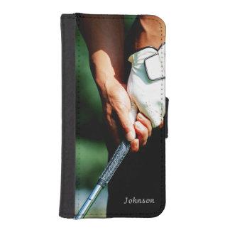 Golfista elegante del golf con el texto de encargo fundas billetera de iPhone 5