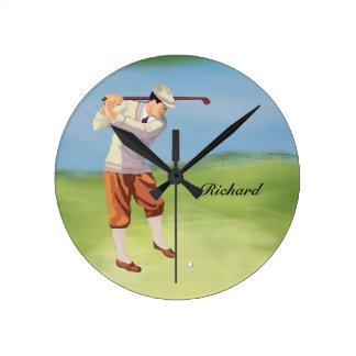 Golfista personalizado del vintage por el reloj redondo mediano