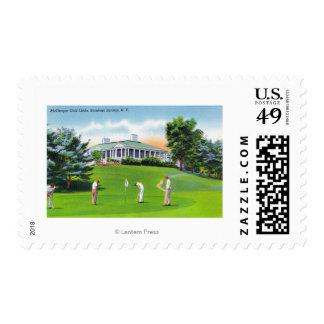 Golfistas en escena de los campos de golf de sello