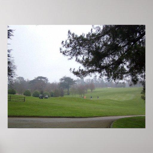 Golfistas ingleses por la mañana poster