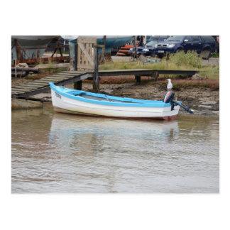 Golondrina de mar del barco de pesca tarjeta postal