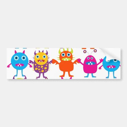 Golpe divertido colorido de las criaturas del fies etiqueta de parachoque