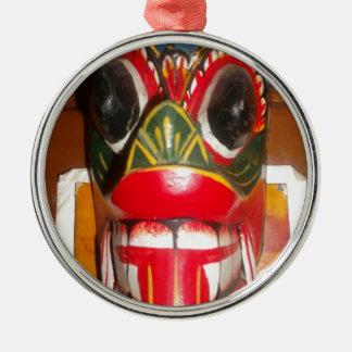 Golpe gifts.jp de Halloween del cráneo de Hakuna Adorno Redondo Plateado