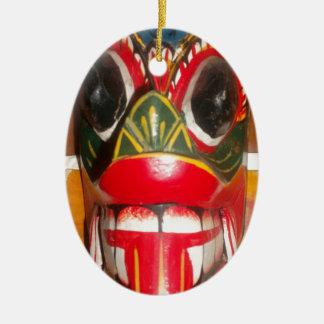 Golpe gifts.jp de Halloween del cráneo de Hakuna Adorno Ovalado De Cerámica