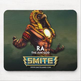GOLPE VIOLENTO: Ra, dios de The Sun Alfombrillas De Ratones