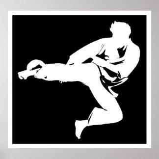 Golpeador del karate posters