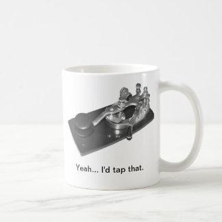 """""""Golpearía ligeramente que"""" taza de café"""