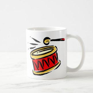 Golpee el tambor taza de café