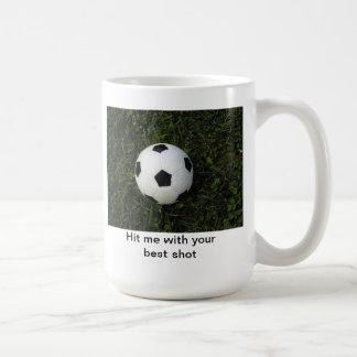 Golpéeme con su mejor taza del fútbol del tiro