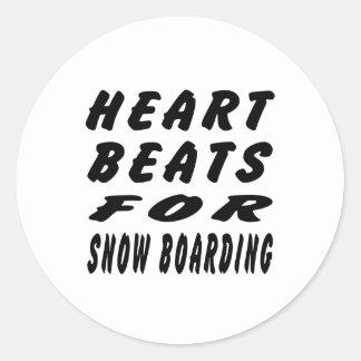 Golpes de corazón para el embarque de la nieve pegatina