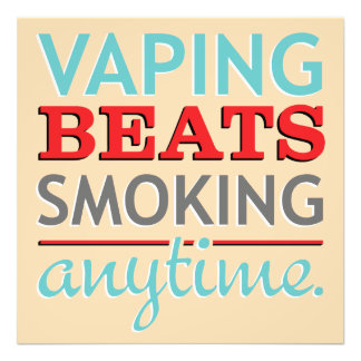 Golpes de Vaping que fuman en cualquier momento Fotografía