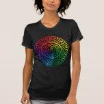 Golpeteo de Fairie - Celtic Knotwork del arco iris Camiseta