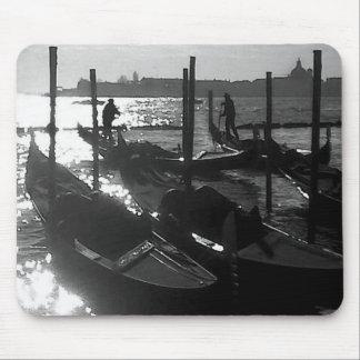 Góndola de Venecia en el Gran Canal Mouse Pad
