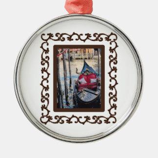 Góndola enmarcada adornada en Venezia Ornamente De Reyes