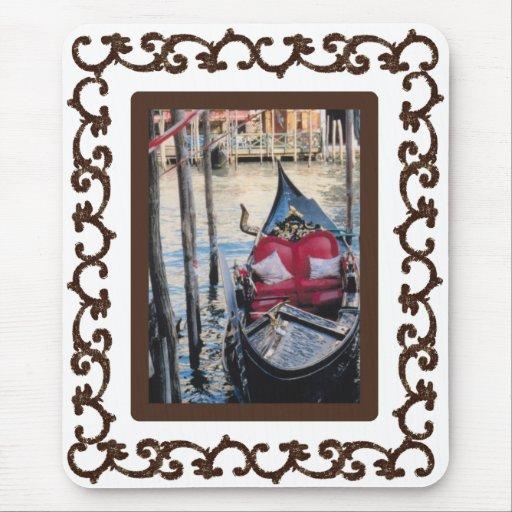 Góndola enmarcada adornada en Venezia Alfombrilla De Ratones
