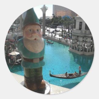 Gondola Gnome I Classic Round Sticker